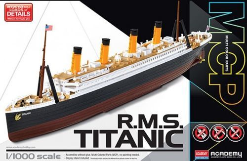 Academy 1/1000 R.M.S. Titanic (MCP Version) # 14217