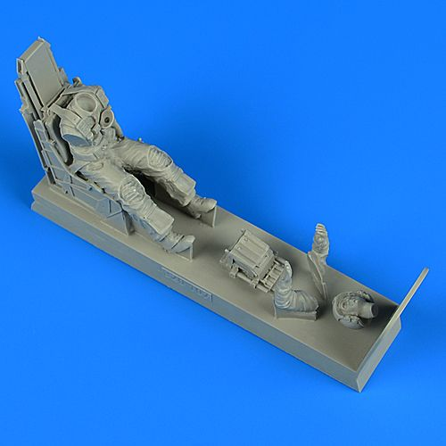 Aerobonus 1/32 US Navy Pilot with SJU-8/A Ejection Seat for A-7E Corsair II (Late) # 320107