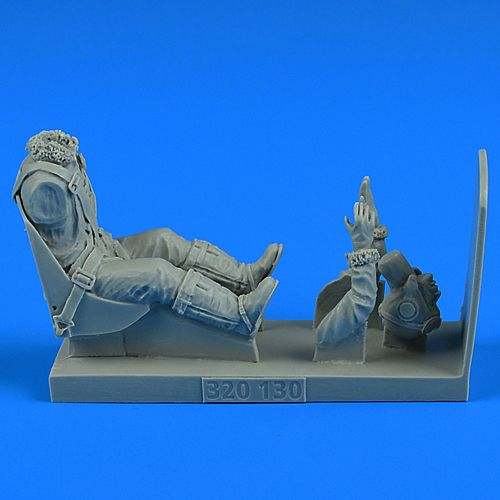 Aerobonus 1/32 USAF WWII Pilot with Seat for Republic P-47D Thunderbolt # 320130