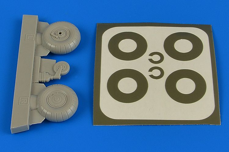 Aires 1/32 Bucker Bu-131A/Bu-131D Wheels & Paint Masks Transverse Tread with Disc Cover # 2222