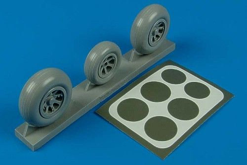 Aires 1/32 P-38 Lightning wheels & paint masks # 2105