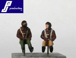 PJ Productions 1/72 2 x US pilots WWII seated # 721120