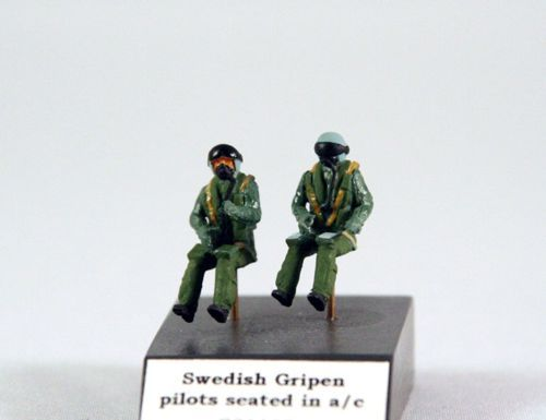 PJ Productions 1/72 Swedish Gripen Pilots Seated in A/C # 721128