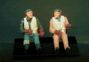 PJ Productions 1/72 WWII Luftwaffe Pilots seated x 2 # 721110