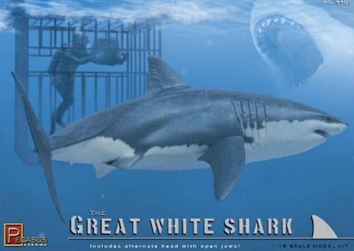 Pegasus Hobbies 1/18 Great White Shark with diver and cage kit # 9501