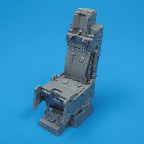 Quickboost 1/32  F-15A/C Ejection Seat with Safety Belts # 32003
