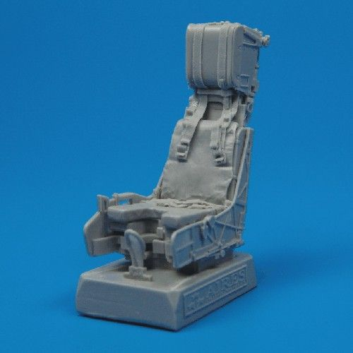 Quickboost 1/32  F/A-18 Hornet Ejection Seat with Safety Belts #