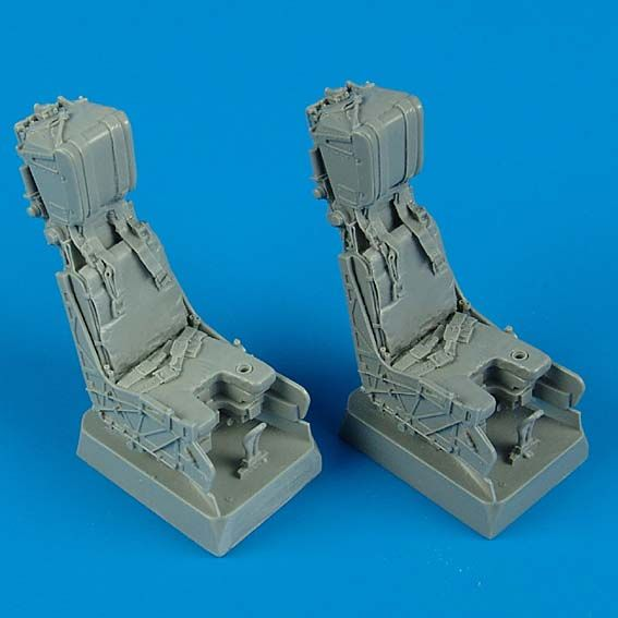 Quickboost 1/32  F/A-18D Hornet Ejection Seats with Safety Belts