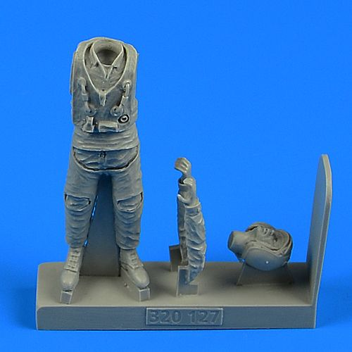 Aerobonus 1/32 Modern Russian Air Force Fighter Pilot # 320127