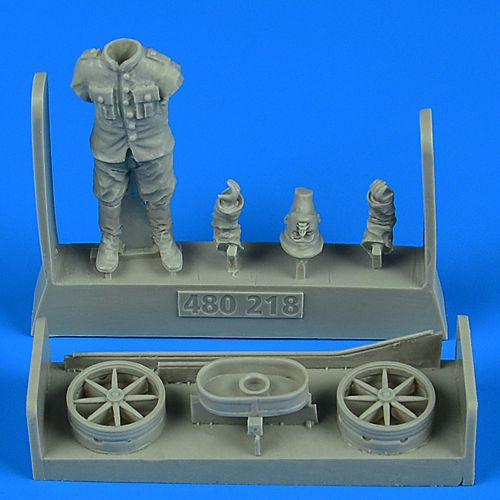 Aerobonus 1/48 German or Austro-Hungarian WWI Aircraft Mechanic with Cart # 480218