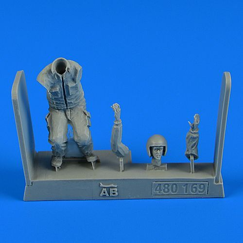 Aerobonus 1/48 Warsaw Pact Aircraft Mechanic - Part 5 # 480169