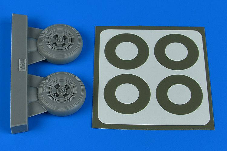 Aires 1/32 Supermarine Spitfire Mk.IXc Wheels (4-Spoke) & Paint Masks # 2241