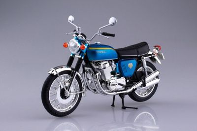 Aoshima 1/12 Honda Dream CB750 Four (K0) Candy Blue - Diecast Model # 10431