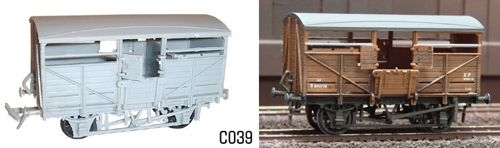 Dapol 1/76 Cattle Wagon # C39