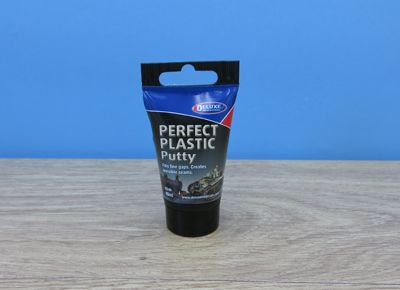 Deluxe Materials 40ml Perfect Plastic Putty # BD44