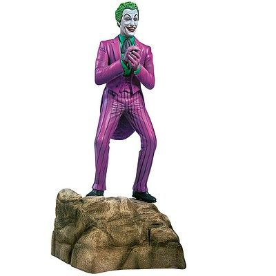 Moebius 1/8 Cesar Romero as the 1966 TV Series Joker # 956