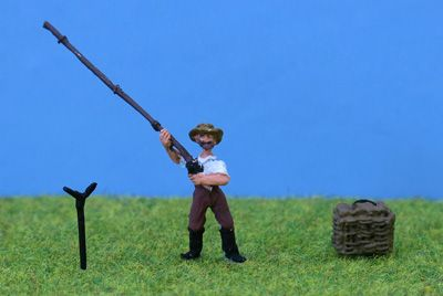 PD Marsh OO Gauge Fisherman with Tackle Box # PDZ29