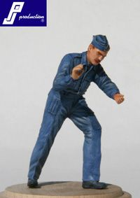 PJ Productions 1/32 WWII RAF ground crew figure # 321111