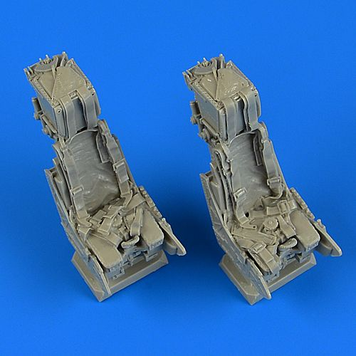 Quickboost 1/32 Panavia Tornado IDS Ejection Seats with Safety Belts # 32209