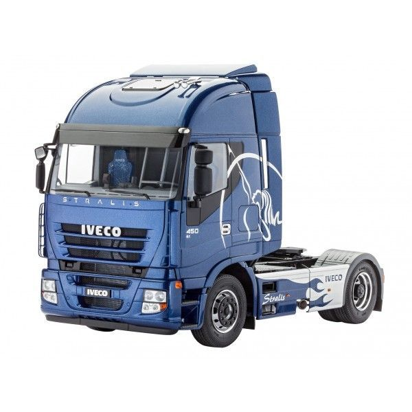 Revell 1/24 Iveco Stralis # 07423