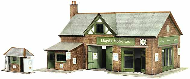 Superquick 1/72 Country Garage and Petrol Pump (B32) # 99032