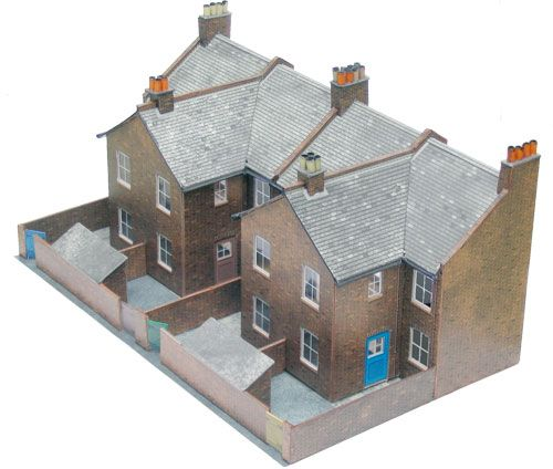 Superquick 1/72 Four Redbrick Terrace Backs (C5) 99055