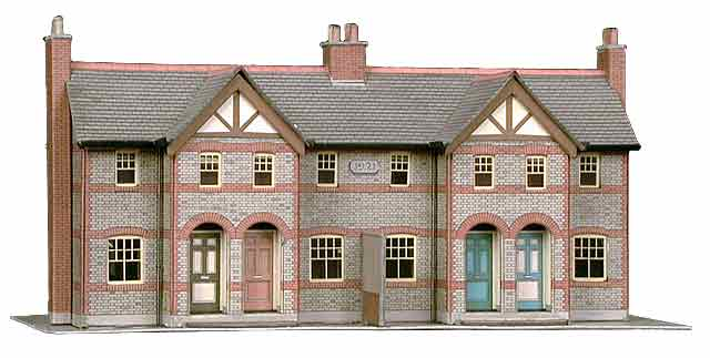 Superquick 1/72 Four Terraced Houses (B30) # 99030