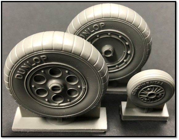 True Details 1/72 Focke-Wulf Fw-190A-2/3/4/5/6/8 Wheels with Ribbed Tyres # P48221