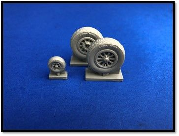 True Details 1/72 North-American P-51D Mustang Wheel Set # P72209
