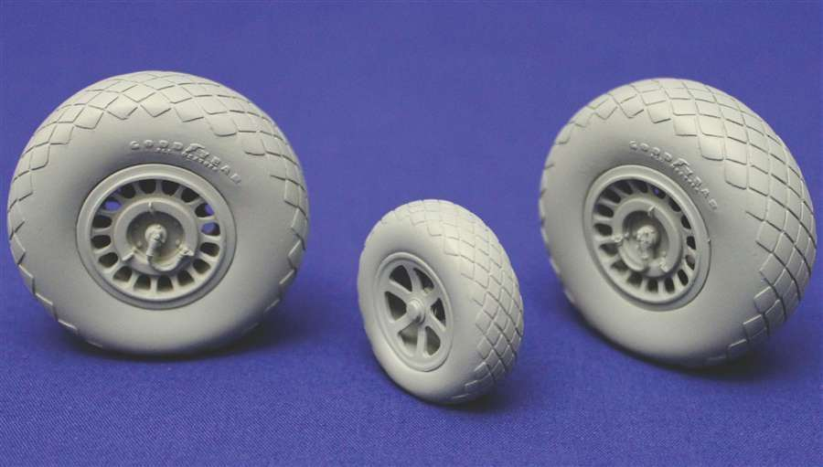 True Details 1/72 Northrop P-61A/B/C Black Widow Wheels # P72220